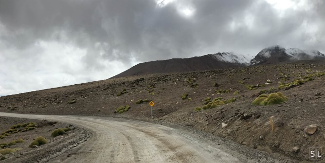 Taapacá volcano